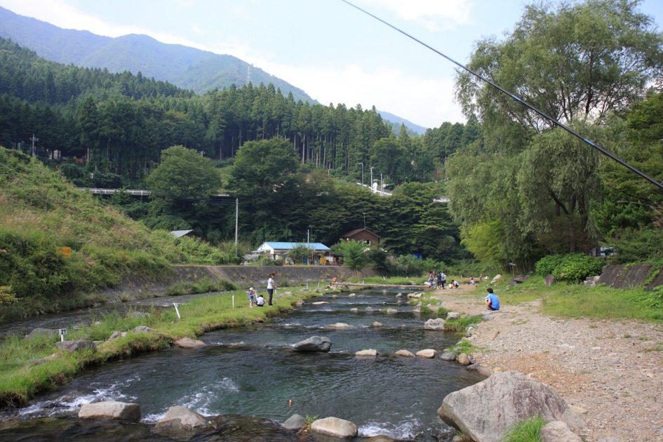 川(渓流)の管理釣り場について